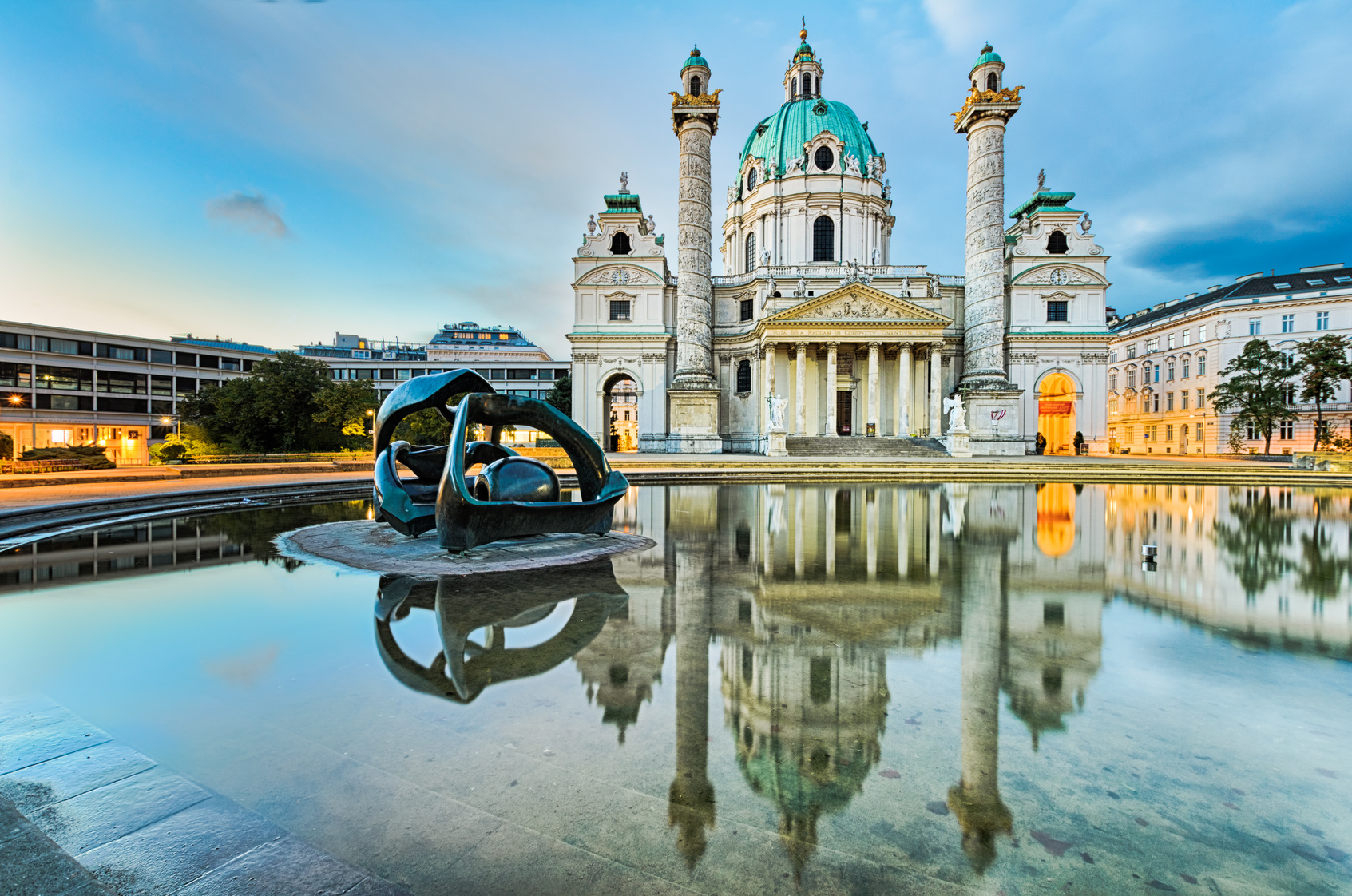 Vienna_sunrise_Fotolia_57246232_Subscription_Monthly_M.jpg