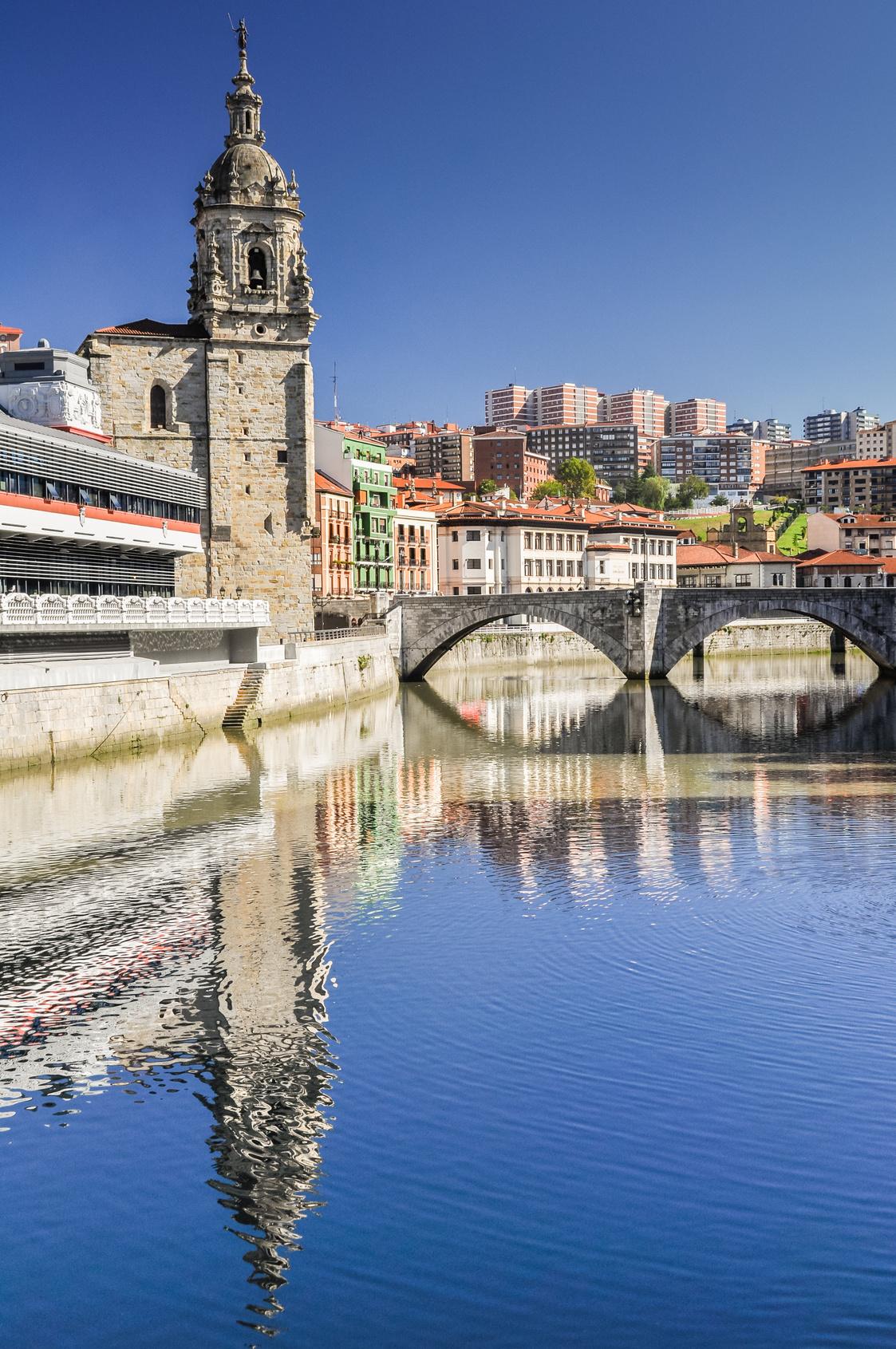 Bilbao Cruise Select